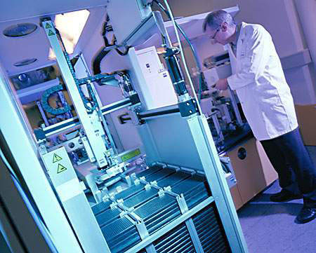 Tarceva (erlotinib) is an oral anti-cancer drug under development by OSI Pharmaceuticals, Genentech and Roche.
